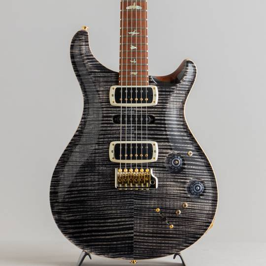 Experience PRS 2020 Modern Eagle V Limited Edition Charcoal