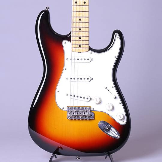 Vintage Custom 1962 Strat NOS Maple Fingerboard/3-Color Sunburst【S/N:R104139】
