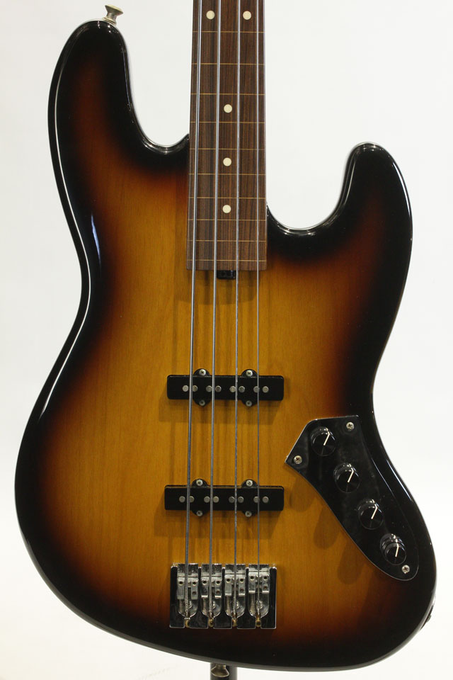 Classic Edge 4string J Bass (3Tone Sunburst)
