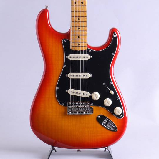 Rarities Flame Ash Top Stratocaster/Plasma Red Burst【S/N:US19035083】