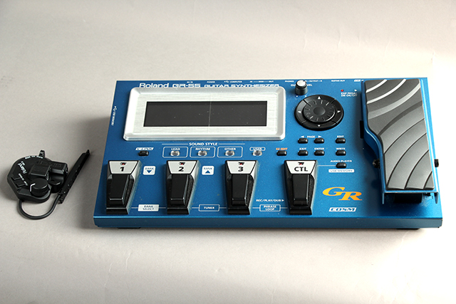 GR-55 Guitar Synthesizer & GK-3