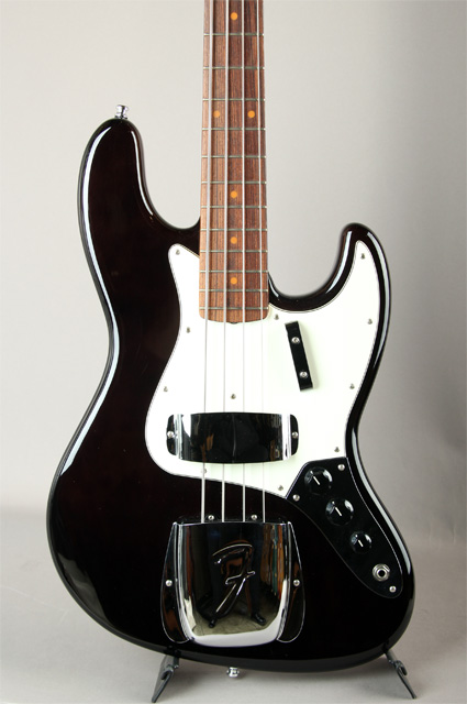 New American Vintage 64 Jazz Bass Black
