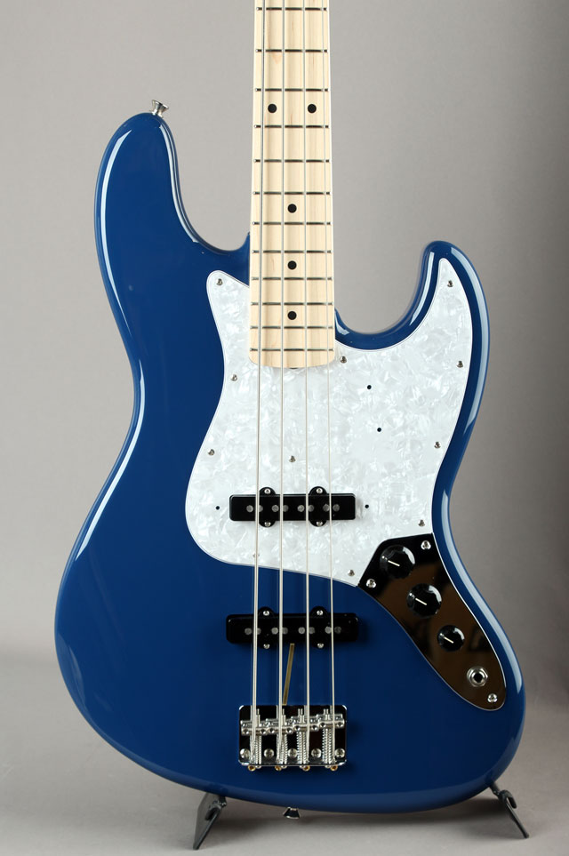 Made in Japan Hybrid Jazz Bass Indigo