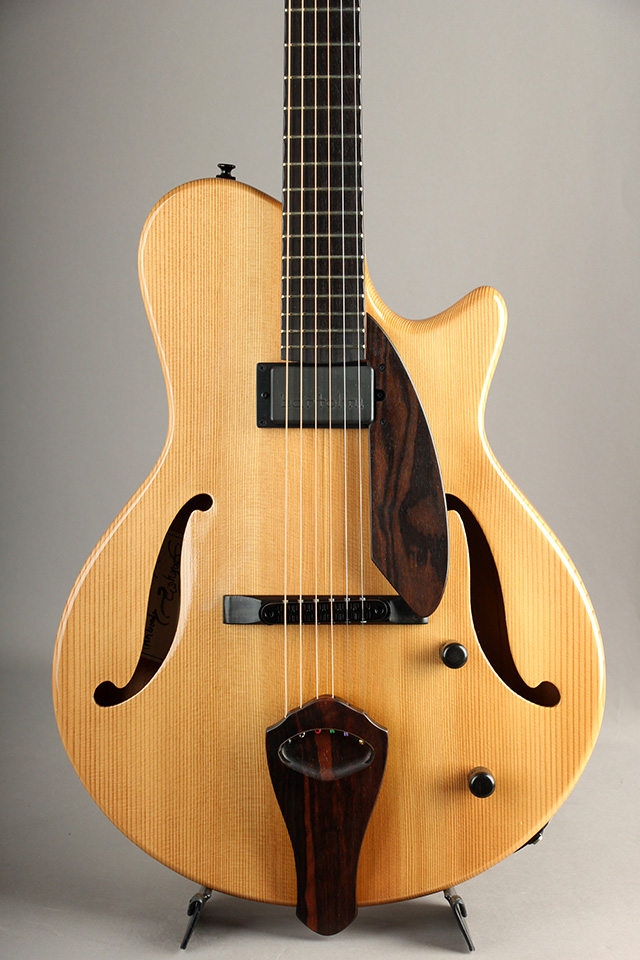 Arcus Thinbody Archtop Natural