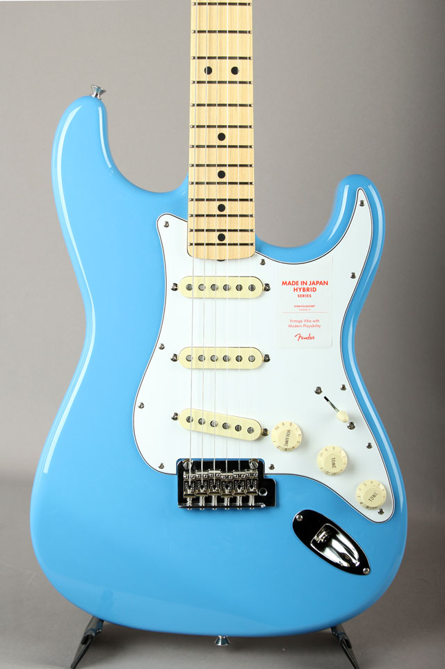 Made In Japan Hybrid 68 Stratocaster California Blue