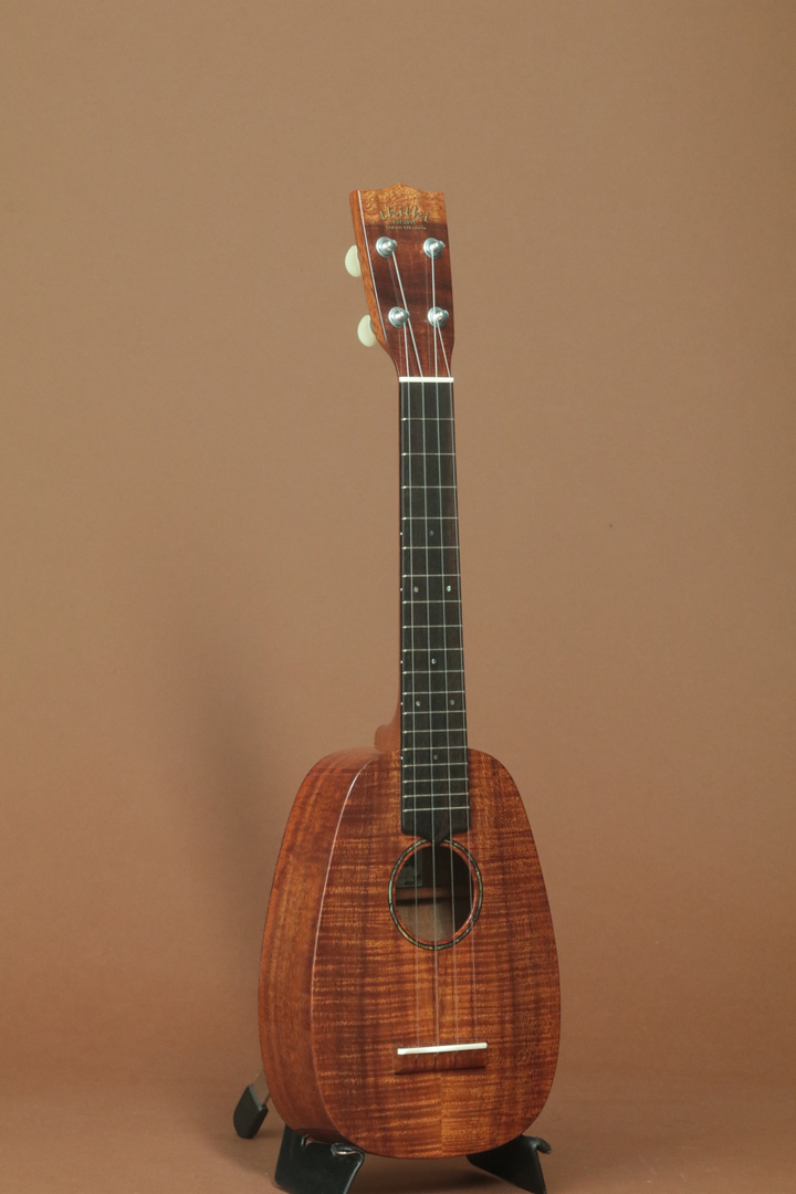 HK-PL CUSTOM SAP-MAN Pineapple Soprano Long Neck
