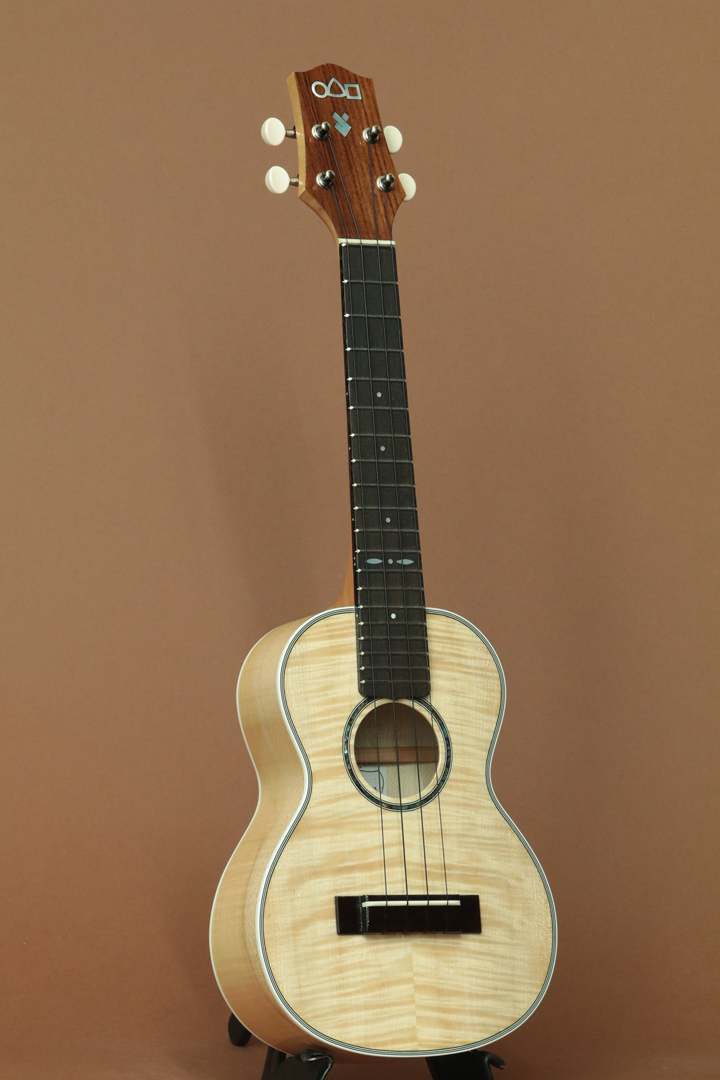 L-43 Figured Maple Concert
