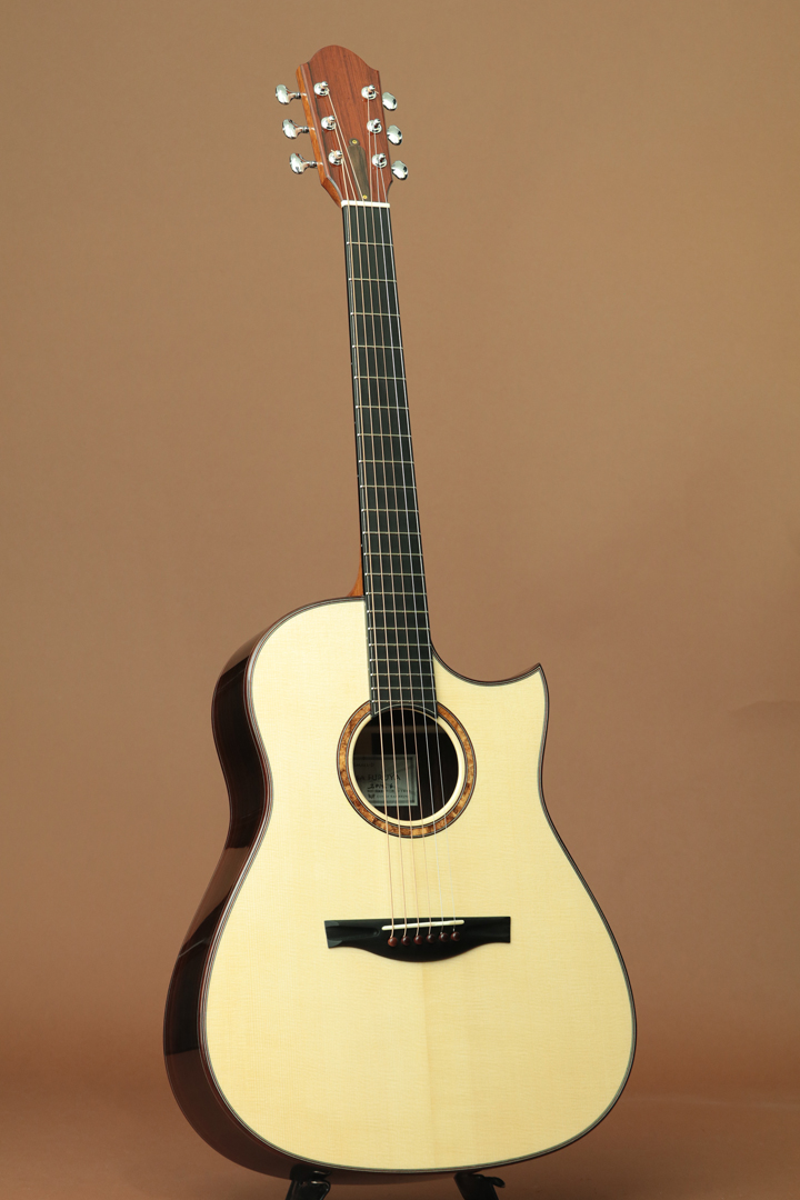 Small-D Swiss Moon Spruce/Indian Rosewood
